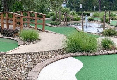 chip's clubhouse's miniature golf course in geauga county ohio